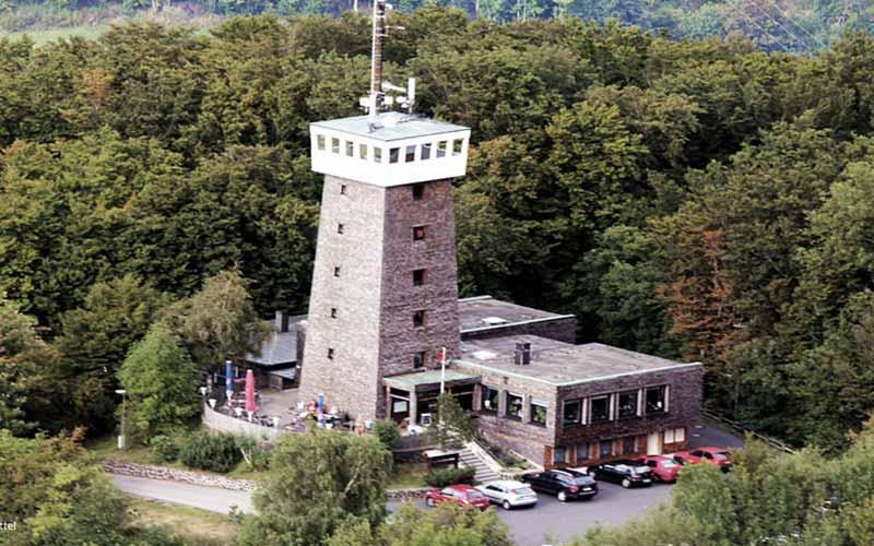 berggasthof-rother-kuppe_slider-aussichtsturm